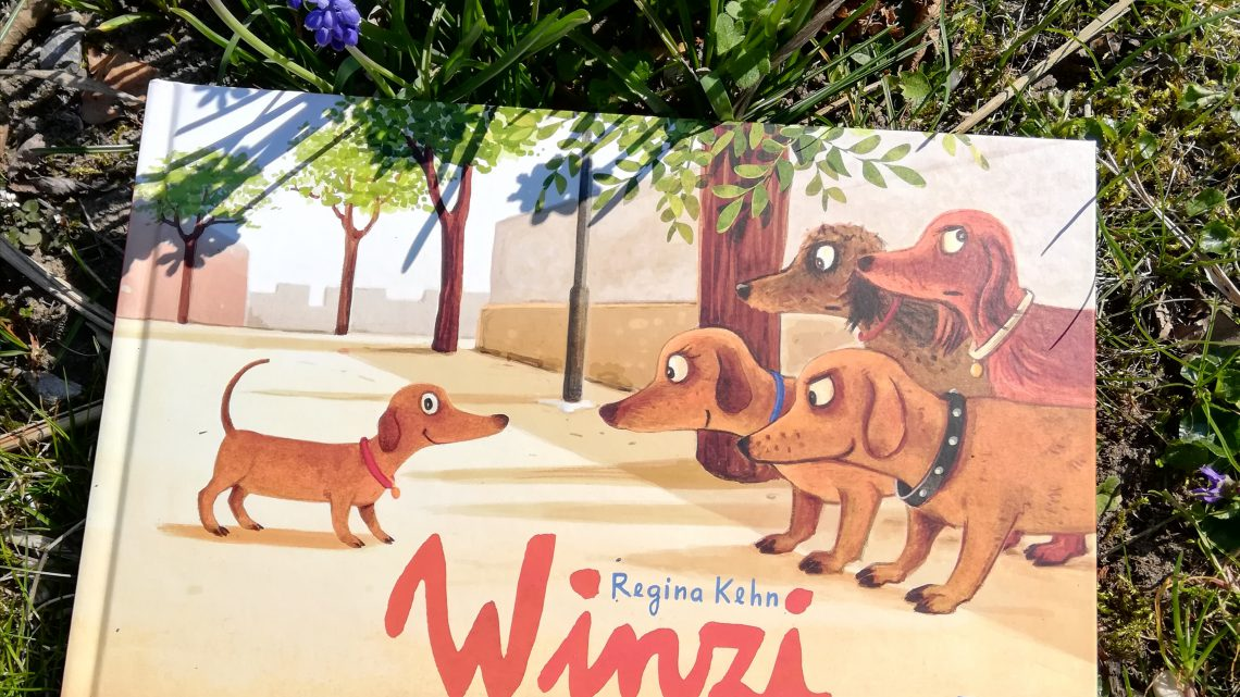 "Kleine Hunde, ganz groß – ""Winzi"" – Regina Kehn"