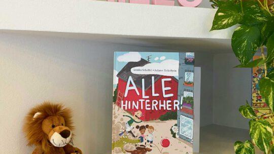 """Ein Librileo – Bilderbuch über Streiten und Vertragen:  """"Alle hinterher"""""""