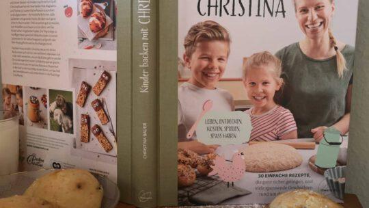 """Ein tolles und vielseitiges Backbuch: """"Kinder backen mit Christina"""""""
