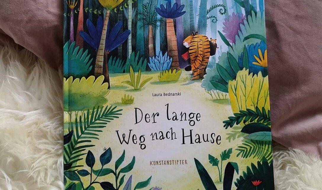 """""""Der lange Weg nach Hause"""" – Laura Bednarski"""