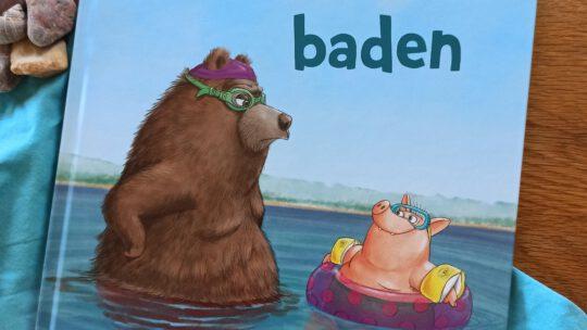 """Ein Sommerbilderbuch: """"Wenn Bären baden"""" – Ulla Mersmeyer"""